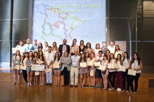 Foto de todos los premiados: ganadores y menciones de honor.